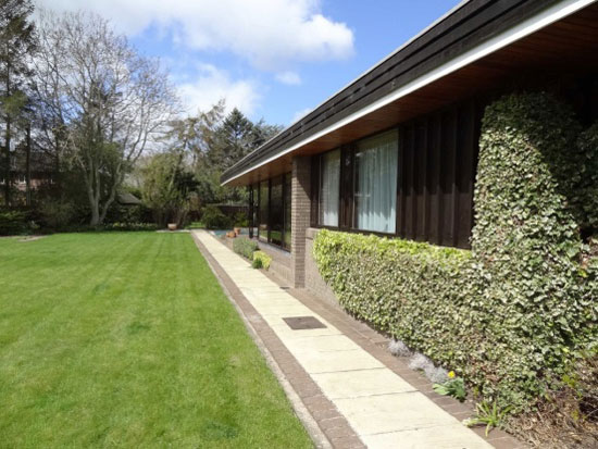 1970s architect-designed single-storey modernist property in  Bangor-on-Dee, near Wrexham, North Wales